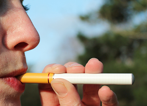 sensation of smoking e-cigarette